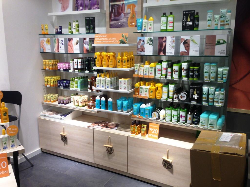 kozmetik mağaza tasarımı